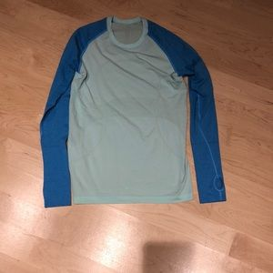 Rare lululemon run swiftly shirt